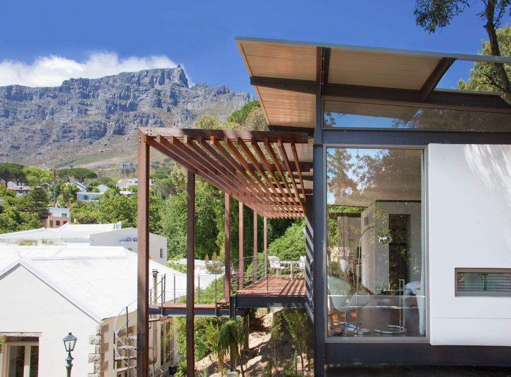 Cape Town Higgovale luxury and views