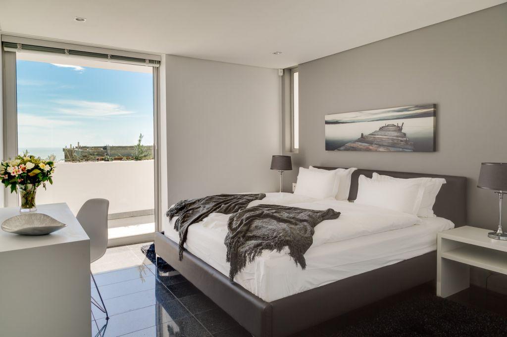 apartment-bedroom-2