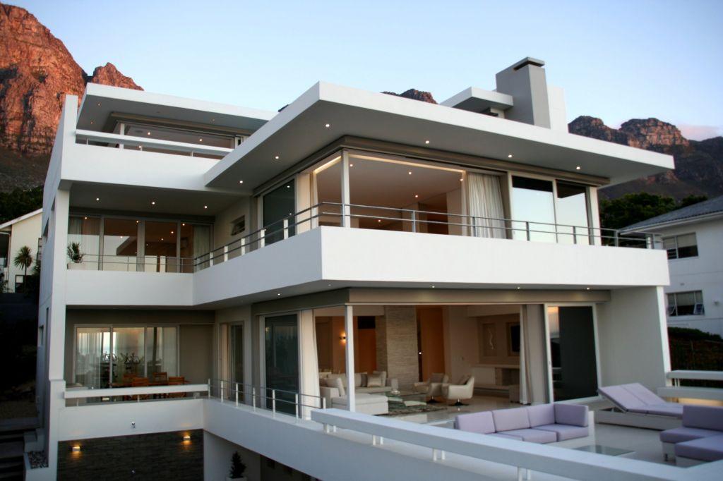 Aquatic Villa Exterior (1)
