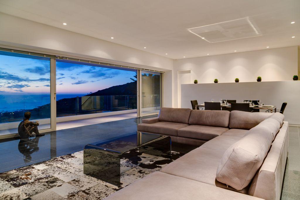 lounge-1st-floor-evening