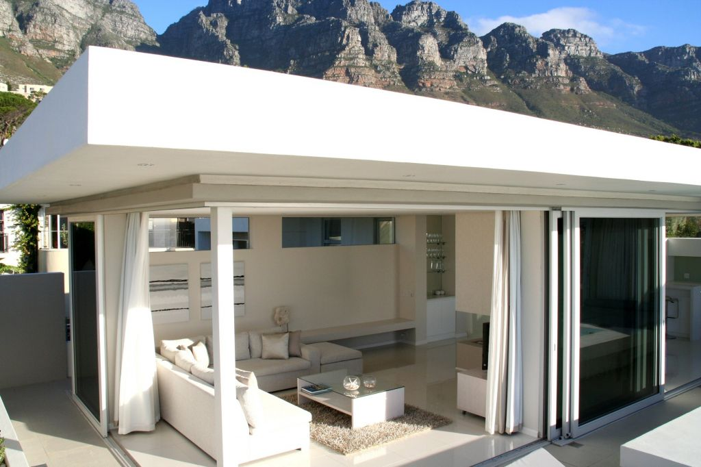 Penthouse with Mountains (5)