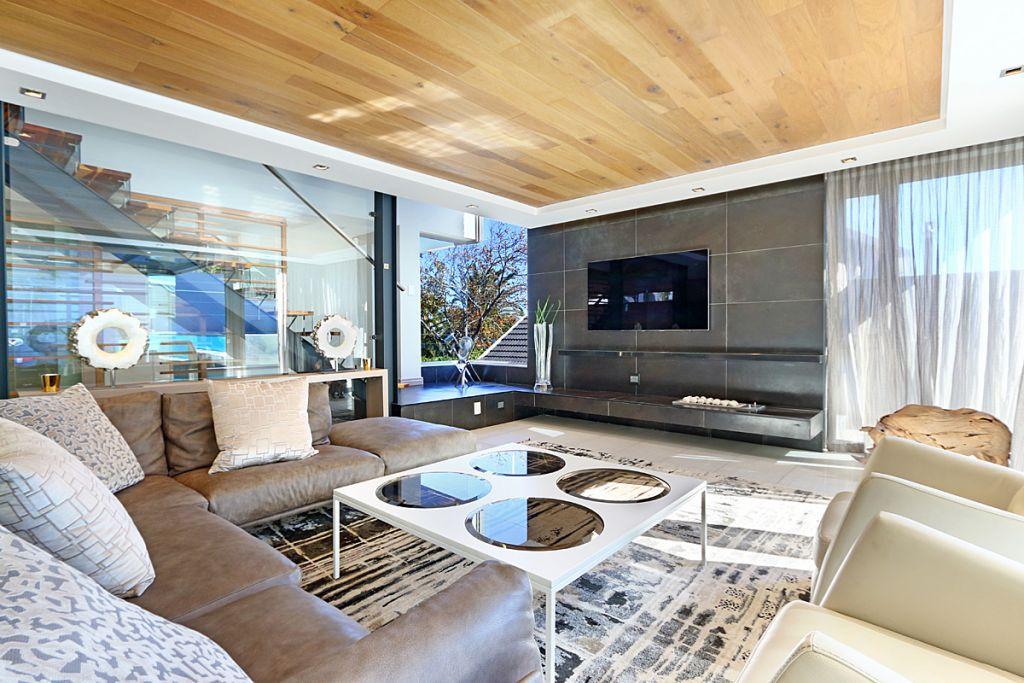5 Lounge main