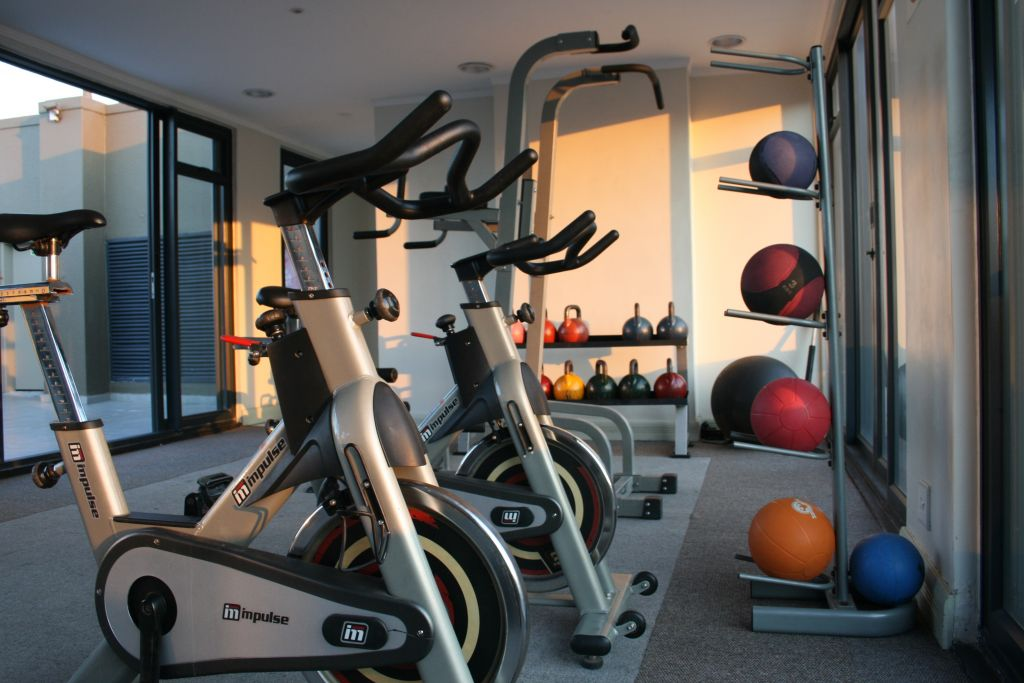 15 Fully equipped gym with Table Mountain views
